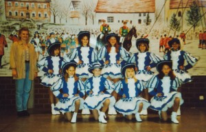 1999 1,Mädchengarde